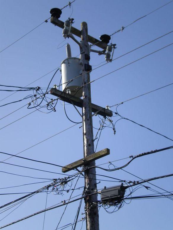 670px-ssf_utility_pole_1_front